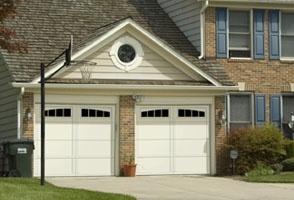 Overhead-Door-Request-a-Free-Estimate-3.jpg
