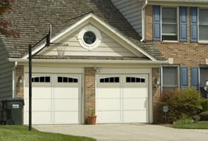 Overhead-Door-Request-a-Free-Estimate-3.jpg
