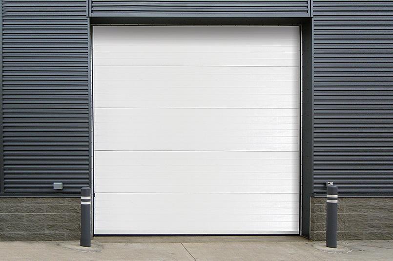 470-insulated-sectional-steel-back-model.jpg
