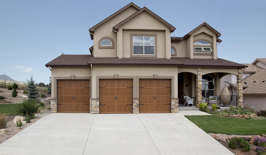 Increase Curb Appeal With A New Garage Door