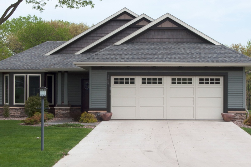 courtyard-garage-door-MAIN-wide.jpg